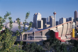 Saddledome & Skyline Calgary - Photo Credit: Travel Alberta